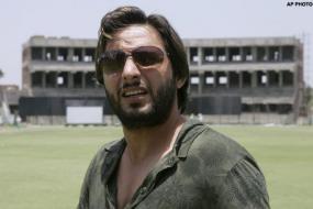 Afridi hits jackpot in B'desh auction
