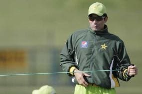 'Pak made fools of themselves in two ODIs'