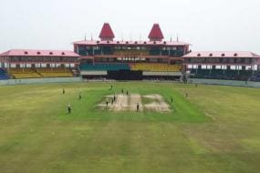 North beat Central to enter Deodhar final