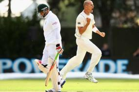 1st Test: Martin sparks South Africa collapse