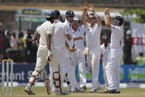 1st Test: Eng 111/2 at stumps on Day 3