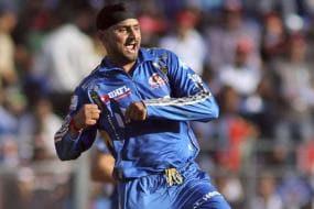 Early wickets cost us, rues Harbhajan