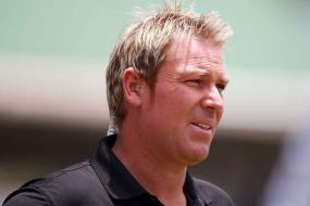 Hampshire honour Warne with stand