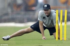 Injured Vettori out of NZ tour of India