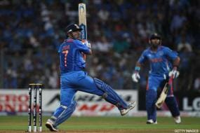 Dhoni bags 2011 Castrol Cricketer of the Year