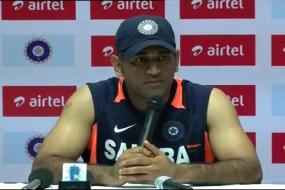 Opportunity for youngsters to step in: Dhoni