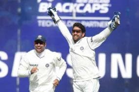 No controversy between Dhoni and me: Laxman