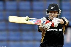 McCullum leads NZ's big win over Bangladesh