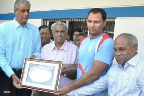 Ranji Trophy, Group A, Round 4: Madhya Pradesh rout Bengal