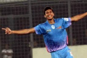 Chittagong Kings pip Duronto Rajshahi to enter semi-final
