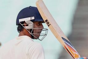 Tiwary predicts tough Test series for Australia