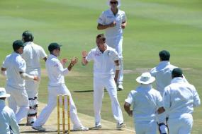 South Africa crush Pakistan by 211 runs to win the first Test