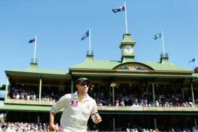 I won't come out of retirement, says Hussey
