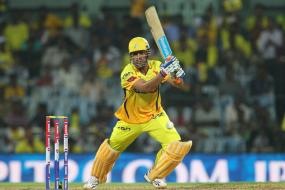 Former cricketers slam Dhoni for Rhiti row