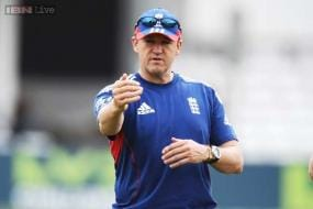 After retaining Ashes, Andy Flower asks for DRS improvement