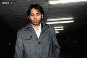 Banned Mohammad Asif starts talking to Pakistan board