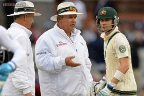 Aussie fury over bad light law in Ashes