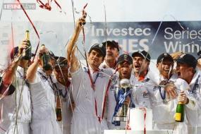 Bad light robs England of 'thrilling' win: Press