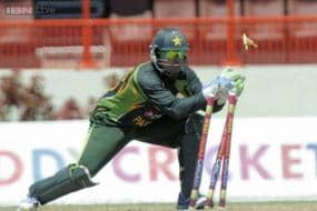Zim vs Pak 2013: Akmal to continue keep wickets in T20s and ODIs