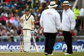 Light row erupts in fourth Ashes Test