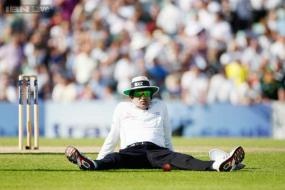 Umpire Asad Rauf charged in IPL betting scandal