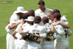 Surrey relegated after loss to Warwickshire
