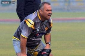 Pakistan coach Whatmore wary of South Africa comeback