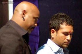 Where was Vinod Kambli when his buddy Sachin Tendulkar retired?