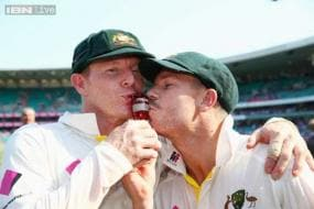 Chris Rogers learning from 'not so dumb' David Warner