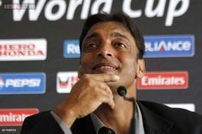 Pakistani cricketer Shoaib Akhtar judges a special episode of 'Entertainment Ke Liye Kuch Bhi Karega'