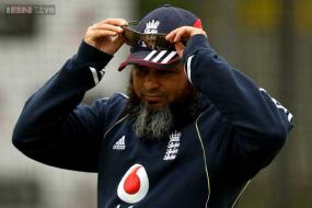 Pakistan appoint Mushtaq Ahmed as spin coach