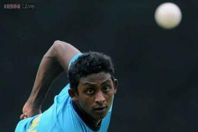 Sri Lanka drop Mendis, retain Dickwella for Pakistan series