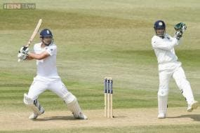 5th Test: England in a commanding position after bowling out India for 148