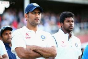 Dhoni's captaincy not up to Test standard: Mike Brearley