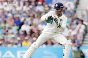Fleming bats for Dhoni, calls him best option as Test skipper