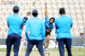 Captain Dhoni skips net practice, Ishant close to full fitness for fifth Test