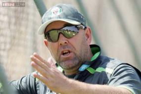 Australia hand coach Darren Lehmann contract extension