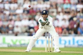 Injured Dhoni ruled out of 1st Test, Kohli to lead India in Adelaide