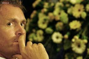 Australia's close-in fielding worries Tom Moody