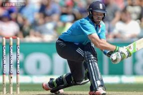 World Cup 2015: Ian Bell apologises to fans for 'embarrassing' England