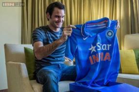 Roger Federer in the grip of India vs Pakistan fever