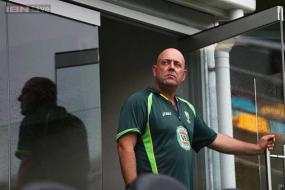 World Cup: Steve Smith backs Aussie coach Darren Lehmann in Shane Warne row