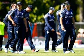 Scotland seek World Cup win over arch rivals England