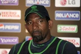 Phil Simmons' West Indies move 'not a done deal', says Cricket Ireland
