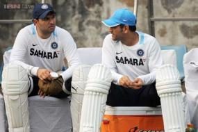 MS Dhoni will be penniless one day: Yograj Singh curses India captain