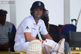 Jonathan Trott should be dropped by England: Ian Botham