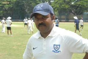 I don't mix things up as a coach, says Pravin Amre