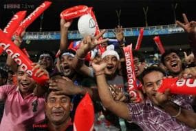 Mumbai erupts in joy after team wins IPL 2015 crown