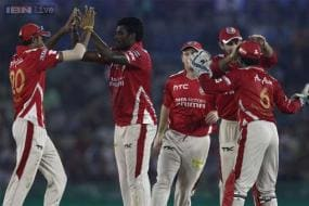 IPL 2015: KXIP spoil RCB's party in rain-curtailed match
