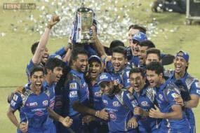 Mumbai Indians beat Chennai Super Kings to lift IPL 2015 title